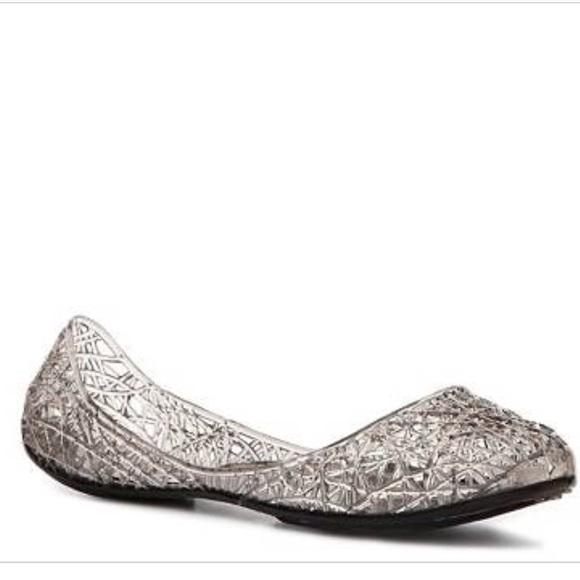 a314c8c0708 Steve Madden Swirly Jelly Shoes in Smoky Gray 11. M 5b2c42d74ab63304cb0fbd8b